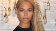 «Мы за естественную красоту!»: 19 звезд демонстрирующих отсутствие макияжа