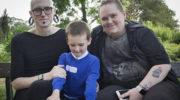 Оригинальная семья Голубой Звезды: отец и мать этого мальчика решили сменить пол
