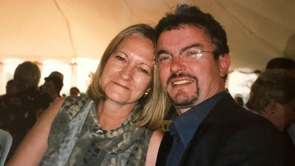 Салли Чаллен отсидела за убийство мужа, но говорит, что все еще любит его